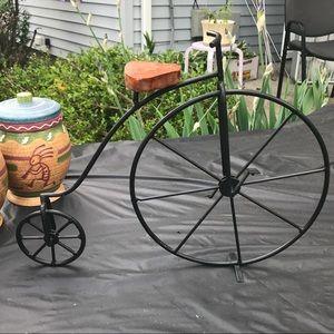 Other - 🆕Metsl and wood freestanding bike decor